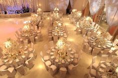 Round and Rectangular Tables: Seating Plan