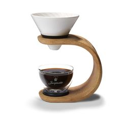 Jacqmotte Slow Drip Coffee Maker Slow Drip Coffee Maker design to enhance Jacqmotte's quest for the perfect cup of coffee. Since 1828, Jacqmotte strives to bring the perfect coffee to every home