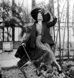 Model Barbara Goalen wearing fashions by Balenciaga in a photo by Henry Clarke, Paris, 1950