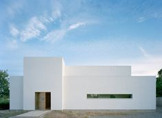 Villa M 2 Private house – Finished early 2008 Single-family house south of Malmö, Sweden. The building site borders a water filled lime quarry that..