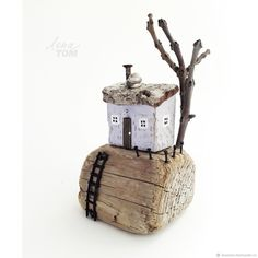 Driftwood Sculpture, Driftwood Art, Driftwood Projects, Clay Projects, Wooden Crafts, Recycled Crafts, Little Houses, Tiny Houses, Wood Houses