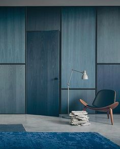 From terracotta to art deco, velvet to minimalism, we look at the top interior design trends and how to use them in your home. Plywood Interior, Plywood Walls, Interior Walls, Modern Interior, Interior Architecture, Interior Design, Painting Plywood, Plywood Ceiling, Veneer Plywood