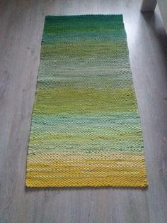 Card Weaving, Weaving Art, Loom Weaving, Tapestry Weaving, Denim Rug, Rag Rugs, Recycled Fabric, Woven Rug, Twine