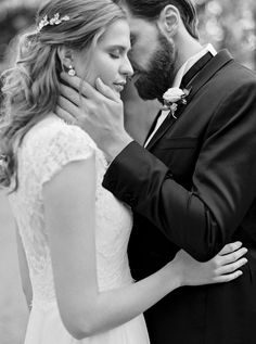 Wedding portraits Couples photography // photographs Wedding photos Bride // groom Outdoor // nature Black and white Bride Portrait, Wedding Portraits, Wedding Photos, Couple Photography, Wedding Photography, Outdoor Photos, Family Photographer, Photo S, Bride Groom