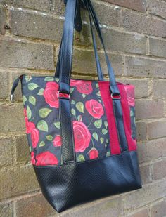 Classic Carryall Handbag & Tote - Andrie Designs bag patterns  Paper and PDF bag patterns