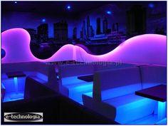 nowoczesny-klub-najlepsza-dyskoteka-dekoracjyjny-sufit-w-klubie.jpg (651×491)