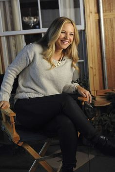 Vanessa Ray\'s Genuine Smile Shows Just How Much She Loves Being Apart of Blue Bloods Blue Bloods Eddie, Vanessa Ray Blue Bloods, Blue Bloods Tv Show, Female Actresses, Actors & Actresses, Detective, Jesse Stone, Blood Photos, Genuine Smile