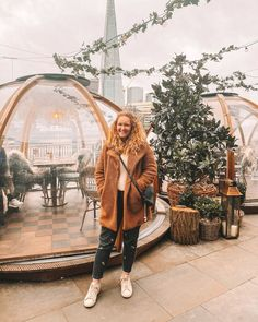 I've put together my picture perfect places in London from Coppa Club to Doughnut Time World and the Renaissance Hotel. Europe Travel Guide, Travel List, Travel Guides, Travel Destinations, London Instagram, Instagram Tips, London Places, Backpacking Tips, Ireland Travel