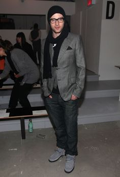 Justin Timberlake Photos Photos - Justin Timberlake attends the Paris68 Fall 2010 Fashion Show during Mercedes-Benz Fashion Week at Milk Studios on February 18, 2010 in New York, New York. - Paris68 - Front Row - Fall 2010 MBFW