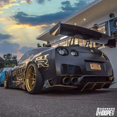 Crazy modified, Tinted, Nissan GT-R R35