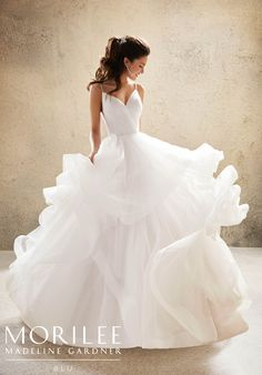 Top 33 Designer Wedding Dresses 2020 It's time to consider the latest bridal's trends. Look to the wedding dresses 2020 from top designers such as Oscar de la Renta, Berta Bridal & others. Fairy Wedding Dress, Country Wedding Dresses, Princess Wedding Dresses, Bridal Wedding Dresses, Dream Wedding Dresses, Wedding Dress Styles, Designer Wedding Dresses, Berta Bridal, One Shoulder Wedding Dress