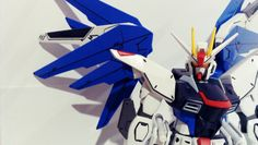 Freedom Gundam, in action again..