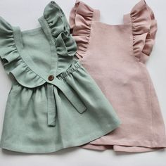 Baby clothes should be selected according to what? How to wash baby clothes? What should be considered when choosing baby clothes in shopping? Baby clothes should be selected according to … Petite Outfits, Mode Outfits, Baby Outfits, Little Girl Dresses, Baby Dresses, Dress Girl, Peasant Dresses, Girls Dresses, Linen Dresses