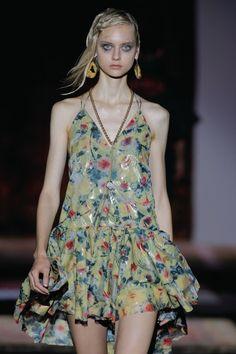 El camuflaje floral de Ana Locking | S Moda EL PAÍS