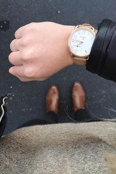 Cool weather essentials + the Q Tailor hybrid smartwatch = the ultimate winter outfit of the day. via @ daylightminddesign