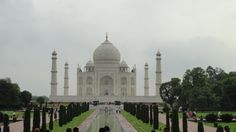 Taj-Majal. Agra