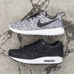 Nike Roshe Run GPX and Air Max 1 - Order Online at the Nike Store