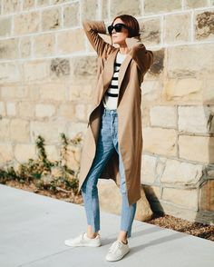 Monday go to, sneakers and a trench coat. Follow me on Instagram @couldihavethat for more style pictures.