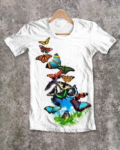 Cool Things To Buy, Stuff To Buy, All About Fashion, Popular Pins, Butterflies, Watch, Cool Stuff, Mens Tops, T Shirt