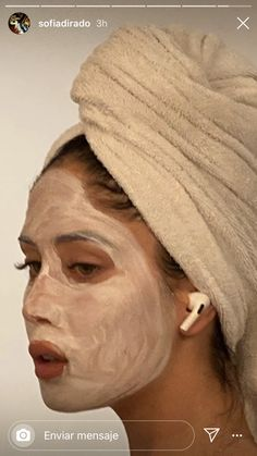 The most costless face mask diy fabric half face mask with boyfriend . Foto Casual, Spa Day, Diy Face Mask, Face Masks, Clear Skin, Dream Life, Beauty Care, Self Care, Body Care