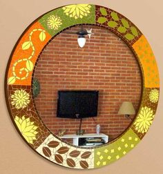 Espelho em mosaico, com base em compensado naval, mosaico em azulejos cerâmicos, motivo africa.