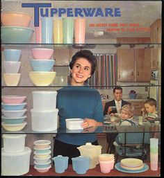I love tupperware containers.especially the old retro tupperware. Vintage Tupperware, Vintage Kitchenware, Vintage Dishes, Retro Ads, Vintage Advertisements, Pub Vintage, Vintage Stuff, Vintage Items, The Good Old Days