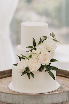 Stunning and elegant white and black wedding - simple white cake Wedding Cakes With Cupcakes, White Wedding Cakes, Elegant Wedding Cakes, Wedding Cakes With Flowers, Beautiful Wedding Cakes, Wedding Cake Designs, Dream Wedding, Beautiful Cakes, Rustic Wedding