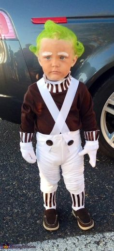 Oompa Loompa - Halloween Costume Contest at Costume- Whitley: This is my son Teagan, who was an Oompa Loompa from the classic movie, 'Willy Wonka and the Chocolate Factory'. My younger brother actually gave me the idea, because Teagan. Oompa Loompa Halloween Costume, Willy Wonka Halloween Costume, Brother Halloween Costumes, Classic Halloween Costumes, Halloween Costume Contest, Family Costumes, Halloween Kostüm, Costume Ideas, Halloween Chocolate