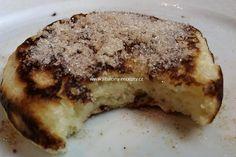 Babiččiny kynuté lívance | jitulciny-recepty.cz French Toast, Pork, Meat, Breakfast, Kale Stir Fry, Morning Coffee, Pork Chops