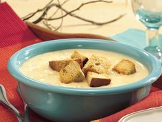 Slow Cooker Beer and Cheese Potatoe Chowder #meatless