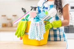 15 Ways to Clean Your Home on a Tight Budget Borax Cleaning, Diy Home Cleaning, Household Cleaning Tips, Cleaning Recipes, House Cleaning Tips, Diy Cleaning Products, Cleaning Solutions, Cleaning Hacks, Bathroom Cleaning
