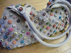 You can see a roundup of Sophie Digard crochet purses at L'uccello