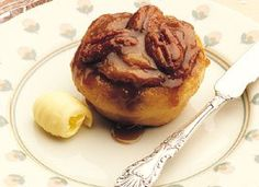 Caramel Pecan Rolls from Betty Crocker - easy recipe using bisquick mix