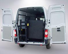 > MKS 400 PTE: TRABALHA PERFEITAMENTE TANTO PARA AS CARGAS COMO PARA ACESSIBILIDADE. Desenvolvida e fabricada para os transportadores que utilizam veículos do modelo furgão ou baú e precisam de um equipamento instalado na parte interna do veículo com capacidade de carga para 400kg.