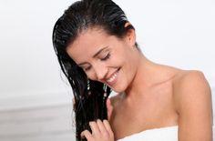 Coconut Oil Deep-Conditioning Hair Treatment