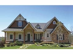 New American House Plan with 3488 Square Feet and 4 Bedrooms from Dream Home Source   House Plan Code DHSW55509