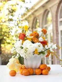 : Centrotavola di Frutta e fiori