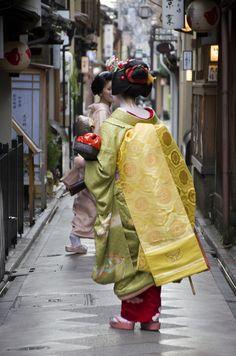 Geiko-san & Maiko-san: Maiko Ichino, Pontocho  Maiko (by Cifu´s Style)