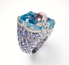Louis Vuitton ring in white gold, aquamarine, violet sapphires, diamonds and purple freshwater pearl. La Malle aux Trésors collection