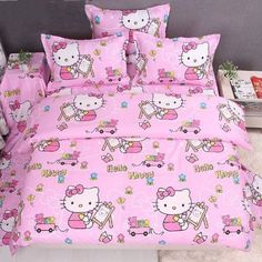 Kitty Trends: Hello Kitty Bed in a Bag (Pink) Sanrio Hello Kitty, Pink Hello Kitty, Hello Kitty Bedroom, Hello Kitty House, Pink Bedding Set, Kids Bedding Sets, Queen Bedding, Hello Kitty Collection, Bed In A Bag