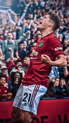 - Source by bernhardfsv Manchester United Wallpaper, Manchester United Legends, Manchester United Players, Madrid Football Club, World Football, Pogba Manchester, Man Utd Fc, Liverpool Wallpapers, Man United