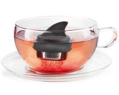 Sharky Tea Infuser - $5 | The Gadget Flow