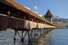 Kapellbrücke - Lucerne, Szwajcaria, najstarszy drewniany most