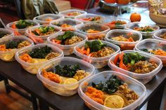 Want to start clean eating but always struggle to find time to do so? This collection of healthy meal prep ideas will surely help you get started.