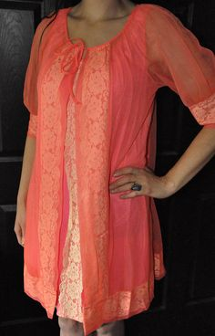 d7a14ac02b Vintage 1960s Peignoir Set Two Piece Made By Movie Star Lingerie Size Large