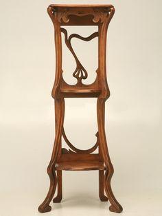 Art Nouveau estantería de nogal  Francesa
