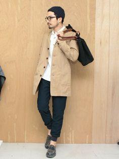 大人だからこそ見直したい。オックスフォードシャツの選び方とコーデテク | メンズファッションマガジン +CLAP Men