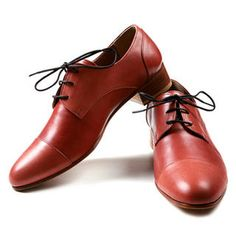 Yummie brown red brogues