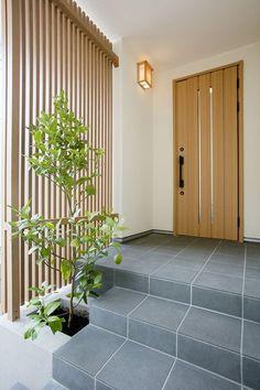 Japanese Modern House, Japanese Door, Japanese Home Design, Main Entrance Door Design, House Entrance, Front Door Makeover, Front Door Decor, House Front Design, Modern House Design