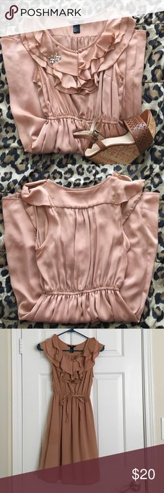 H&M Ruffled Tan Dress Ruffled neckline tan dress with cinched waist. Silky material. Worn once to a barn wedding. Great condition! H&M Dresses Mini